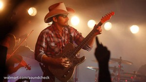 Brad Paisley,  Leah Turner and Charlie Worsham-Klipschmusiccenter